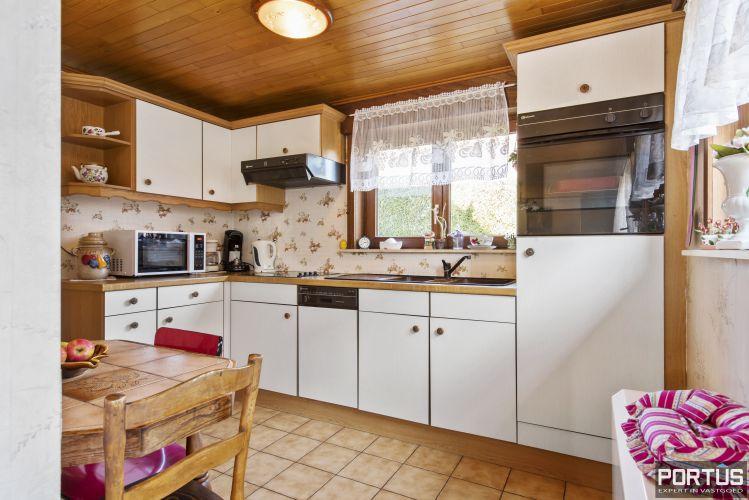Instapklare ruime vakantiewoning met tuin te koop te Westende 9585