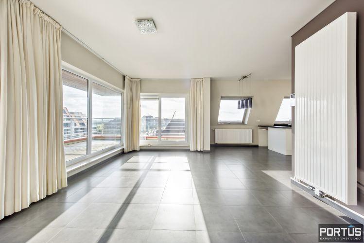 Instapklaar zongericht appartement met 2 slaapkamers te koop in Nieuwpoort 10017