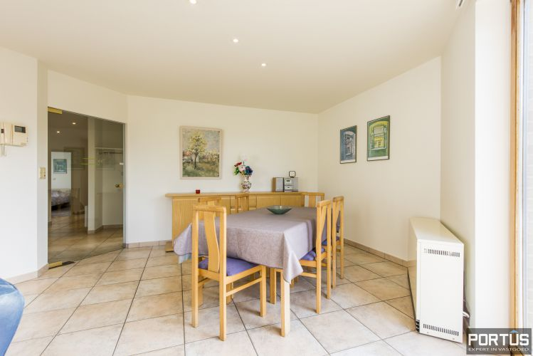 Zongericht en rustig gelegen appartement met 3 slaapkamers te koop te Oostduinkerke 10702
