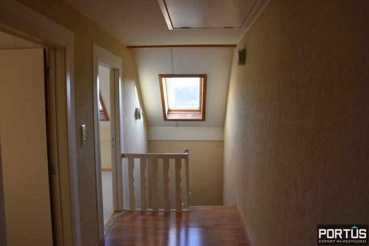 Woning te huur met 2 slaapkamers en dubbele garage in Nieuwpoort-stad 10768