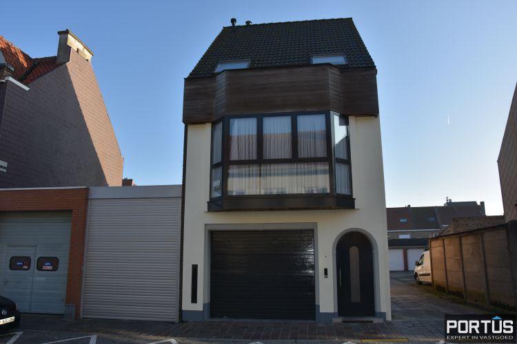 Woning te huur met 2 slaapkamers en dubbele garage in Nieuwpoort-stad 10769