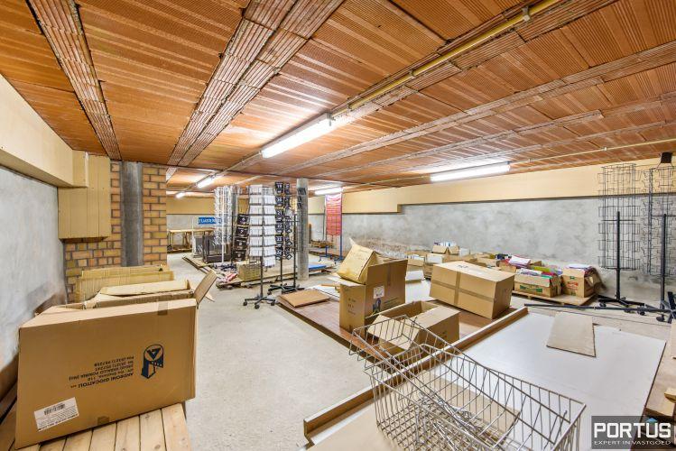 Handelsgelijkvloers met grote kelder te koop - 10822