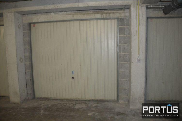 Gesloten ruime garage box te huur te Nieuwpoort 10825