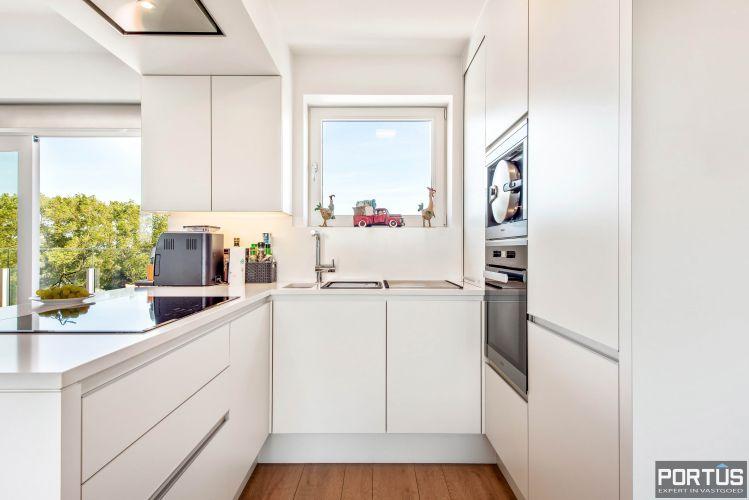 Exclusieve penthouse met 3 slaapkamers te koop te Nieuwpoort 10923