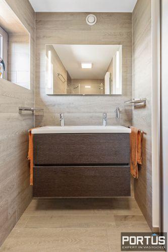 Exclusieve penthouse met 3 slaapkamers te koop te Nieuwpoort 10928