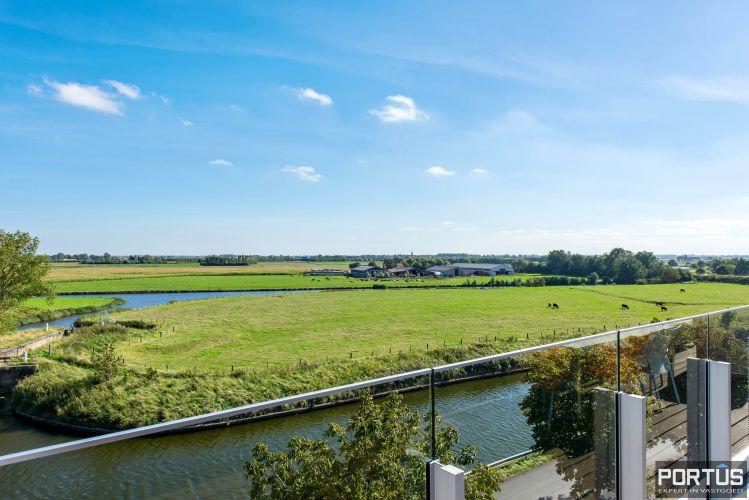 Exclusieve penthouse met 3 slaapkamers te koop te Nieuwpoort 10935