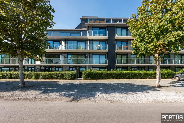 Exclusieve penthouse met 3 slaapkamers te koop te Nieuwpoort 10937