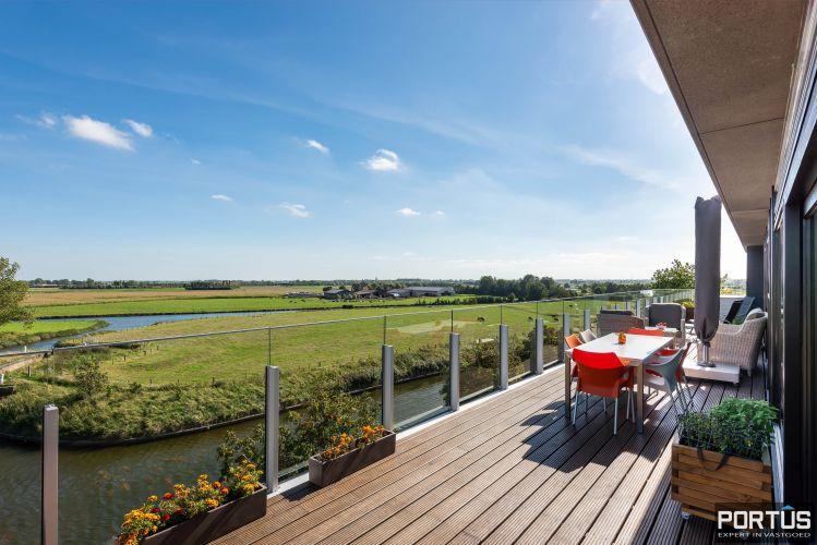 Exclusieve penthouse met 3 slaapkamers te koop te Nieuwpoort 10939