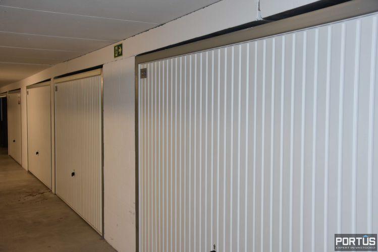 Gesloten ruime garagebox te huur 11095