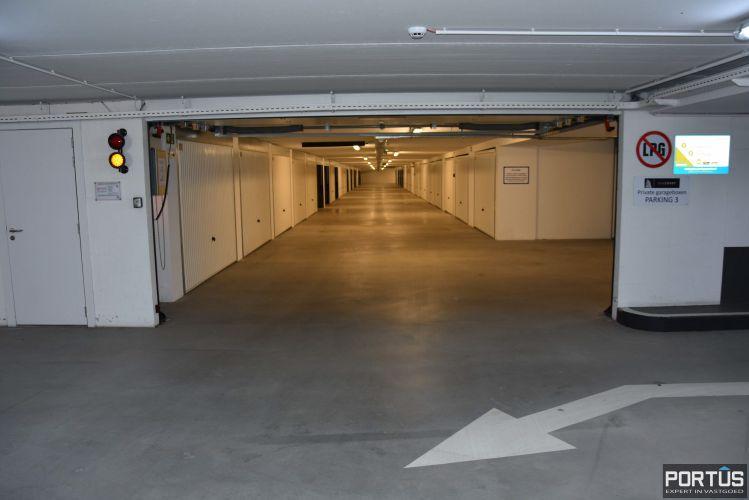 Gesloten ruime garagebox te huur 11098
