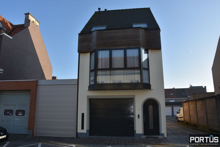 Woning te huur met 2 slaapkamers en dubbele garage in Nieuwpoort-stad 11128