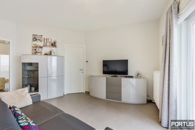 Recent appartement met zeezicht te koop te Westende 11379