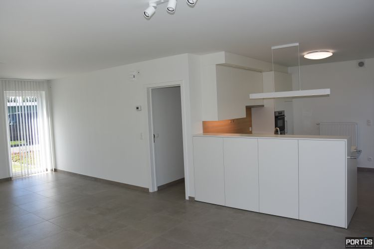 Recente villa te huur met 4 slaapkamers te Westende 11245
