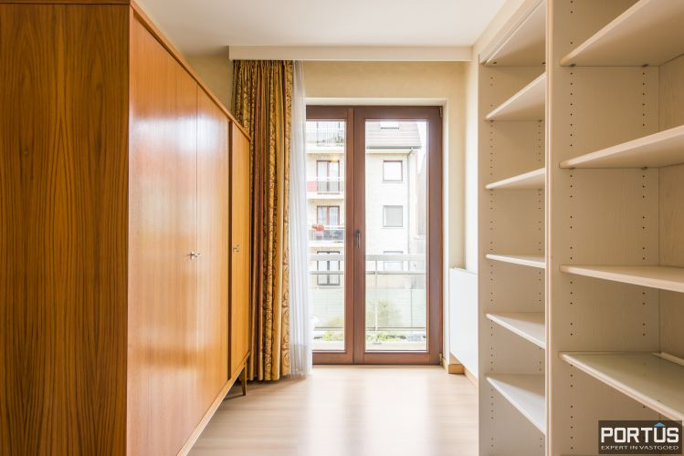 Ruim appartement met 3 slaapkamers te koop te Nieuwpoort-Stad - 11324
