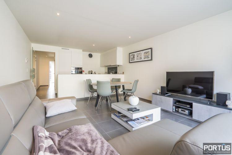 Instapklaar recent gemeubeld appartement met 2 slaapkamers te koop te Nieuwpoort-Bad - 11412