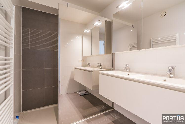 Instapklaar recent gemeubeld appartement met 2 slaapkamers te koop te Nieuwpoort-Bad - 11419