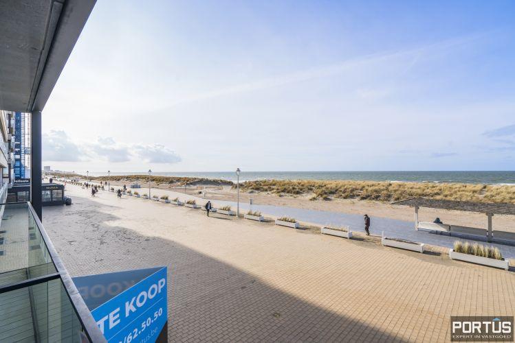Recent appartement te koop te Nieuwpoort met frontaal zeezicht - 12385