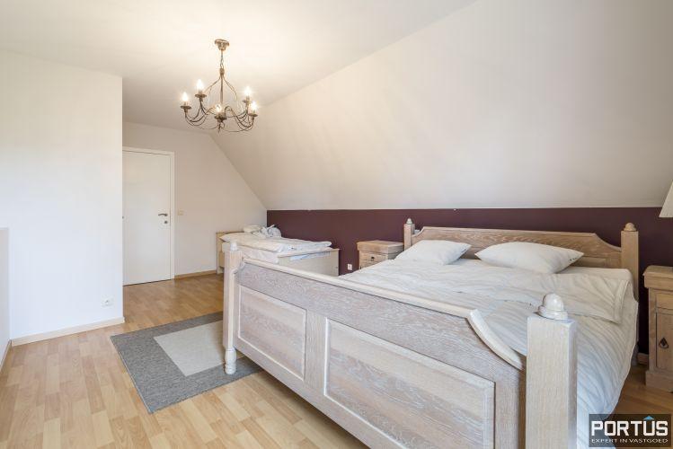 Appartement te koop te Nieuwpoort met 4 slaapkamers 12984