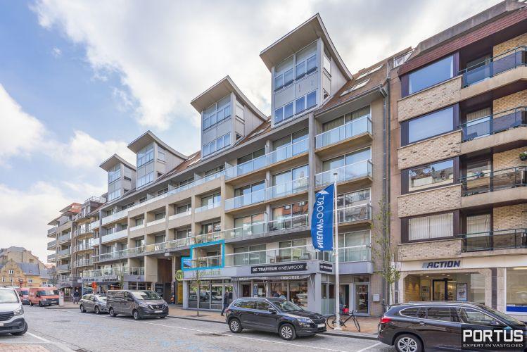 Instapklaar appartement met slaaphoek te koop te Nieuwpoort-Bad 13008