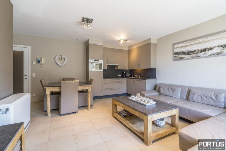 Instapklaar appartement met slaapkamer en slaaphoek te koop te Nieuwpoort 13100