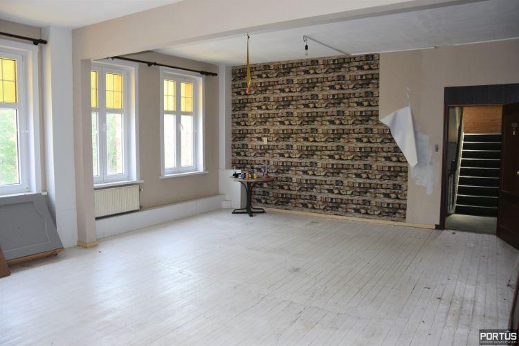 Horecazaak met woonst te huur te Nieuwpoort 13121