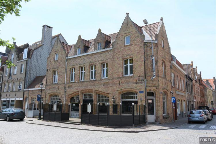 Horecazaak met woonst te huur te Nieuwpoort - 13715