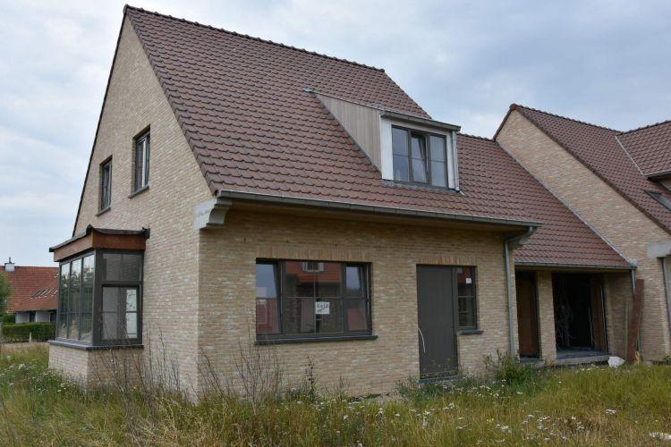 Nieuwbouwvilla's in de Simli wijk van Nieuwpoort 6196