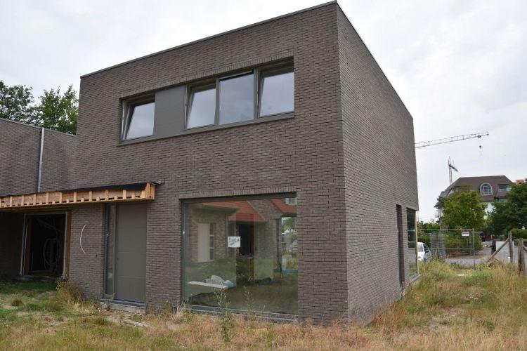 Nieuwbouwvilla's in de Simli wijk van Nieuwpoort 6144