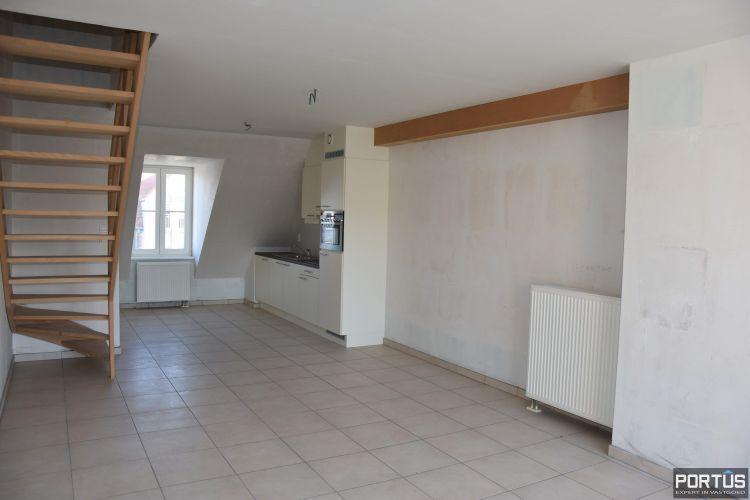 Duplex-appartement met 1 slaapkamer en terras te koop Nieuwpoort 9357