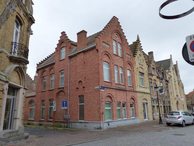 Appartement met 2-slaapkamers te koop Markt Nieuwpoort 9101