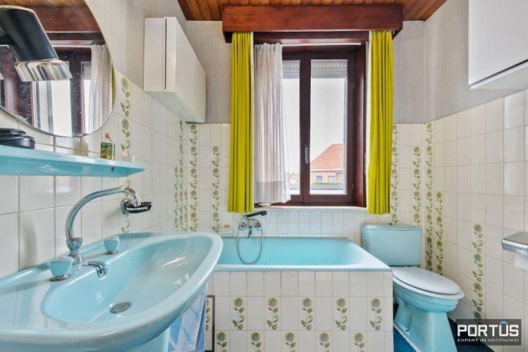 Woning te koop te Nieuwpoort met 7 slaapkamers en 4 garages - 8463