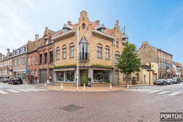 Handelshuis op commerciële ligging te koop te Nieuwpoort-Stad - 8852