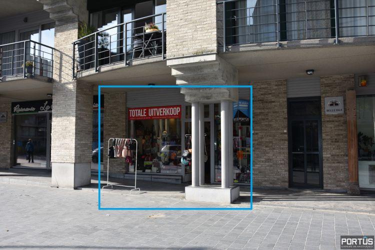 Handelspand te huur gelegen op commerciële topligging te Nieuwpoort-Bad - 10024