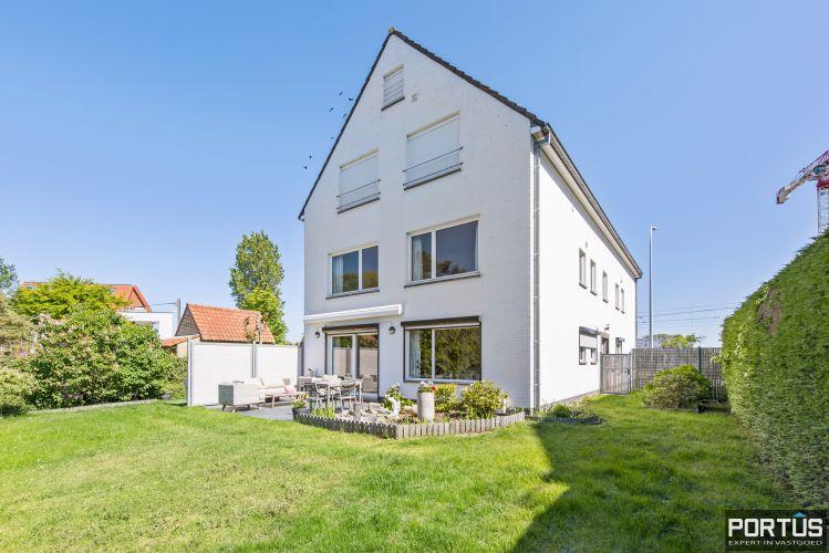 Appartement met 2 slaapkamers en parking te koop te Nieuwpoort - 11141