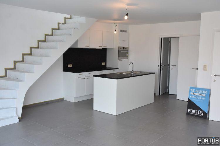 Nieuwbouw duplex-appartement met berging en parking te huur - 8512