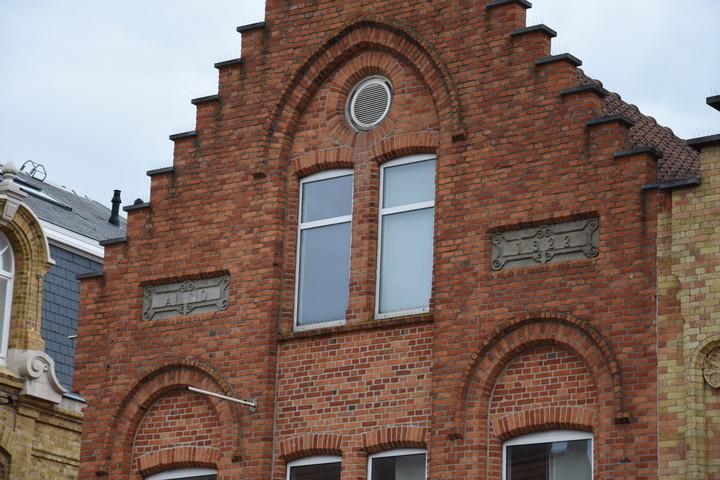 Gevel Residentie Emiel op het Marktplein te Nieuwpoort blijft behouden!